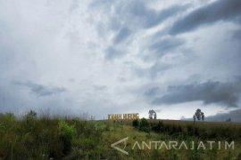 Pengunjung Objek Wisata Kawah Wurung Bondowoso Capai 3.811 Orang