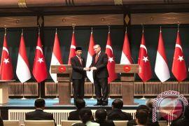 Jokowi - Erdogan ucapkan selamat Idul Fitri dan bahas COVID-19