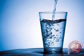 Air Putih Ternyata Mengandung Kalsium