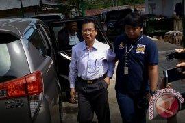 Jaksa Tahan Mantan Gubernur Bengkulu