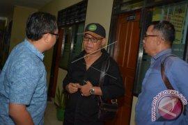 Kejari Denpasar Terima Tersangka Kasus Pembunuh Anggota TNI