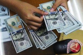 Dolar AS melemah ditengah perdebatan