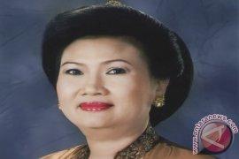 Ayu Pastika Terima Penghargaan Dari BNNP Bali