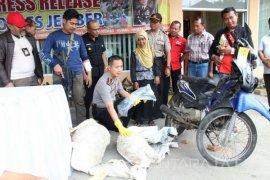 Polisi Tembak Mati Residvis Pencuri Ternak di Jember