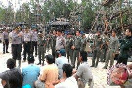 Tim Gabungan Tertibkan Tambang Liar di Sungai Rambat