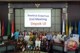 UI Tuan Rumah Workshop Erasmus Beehive Project