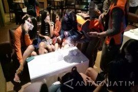 Polrestabes Surabaya Tertibkan Rumah Hiburan Umum