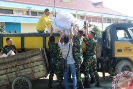 225 Prajurit Korem Samarinda Bersihkan Pasar