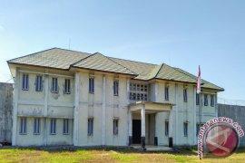 Hundreds of inmates sent home in Banjarbaru