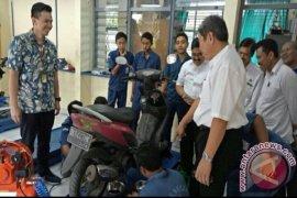 Pertamina Bekali Pelajar SMK Denpasar Keahlian Otomotif
