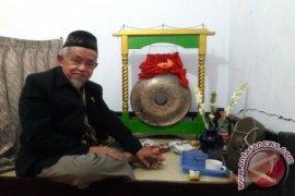 Legenda Gong Si Bolong di Depok