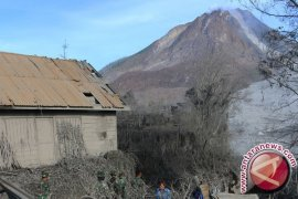 BPBD Karo Meninjau Zona Merah Sinabung