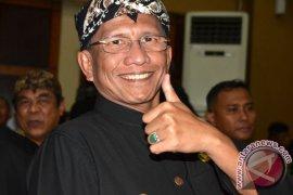 Plt Wali Kota sambangi kecamatan jaga netralitas