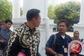Agus Yudhoyono temui Presiden Jokowi di Istana