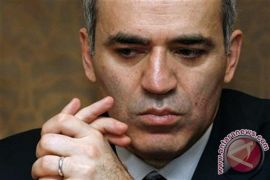 Legenda catur Garry Kasparov bakal ikut kompetisi daring FIDE