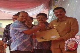 PT. Tirta Sibayakindo Terima Penghargaan Kecelakaan Nihil 2017 dari Menaker