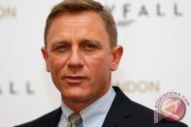 Daniel Craig Perankan James Bond