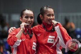 Medali Emas Wushu Daoshu Putri