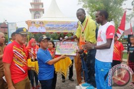 Atlet Kenya Borong Juara 10 K Tapteng
