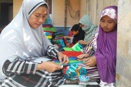 Alfamart Balaraja Latih Ibu Rumah Tangga