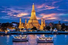 Jadi buronan, Mantan PM Thailand bergerak ke Hongkong