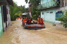 BPBD Samarinda Siagakan perahu karet dan truk