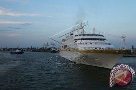 Ini kegiatan kapal pesiar 'Regent Seven' di Bali