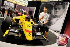 Sean Uji Kemampuan Sebelum Latihan Bebas F1