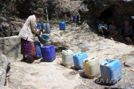 Pemprov Jatim Siap Bantu Air Bersih Warga Sampang