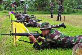 Puluhan Prajurit Korem ASN Samarinda Berlatih Menembak