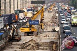 Proyek Jalan Layang Jakarta-Cikampek Masuki Pemasangan Pondasi