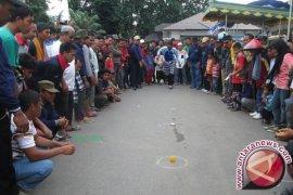 Banjarmasin Gelar Olahraga Tradisional Peringati Haornas