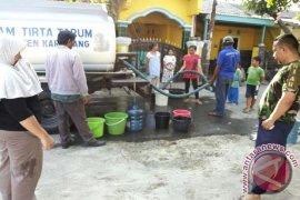 BPBD Karawang minta industri salurkan air bersih