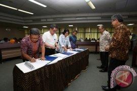 Bakal Calon Rektor IPB Tandatangani Pakta Integritas
