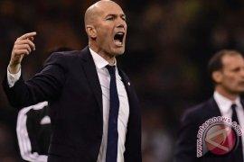 """Zidane gerah dengan cemooh Real """"merampok"""" Juventus"""