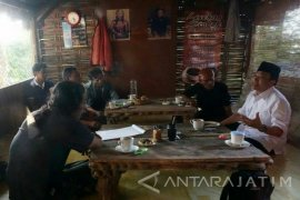 Cak Nur Komitmen Pelestarian Cagar Budaya Jatim