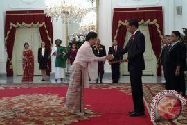 Presiden Jokowi Terima Surat Kepercayaan Dubes Sembilan Negara