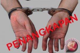 Polisi tangkap enam tersangka pesta sabu-sabu