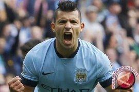 Manchester City gulung Watford 6-0, Aguero hattrick