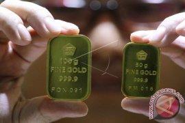 Dua penyebab kontrak emas naik
