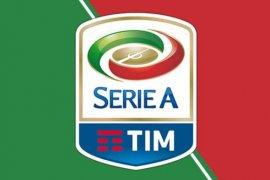 Serie A Italia putuskan lima laga tanpa penonton karena corona