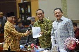 Empat Kesimpulan Rapat Komisi III DPR dengan KPK