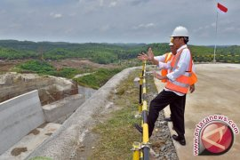 Jokowi optimistis Pembangunan Waduk Karian Selesai 2019