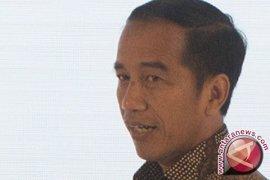 "Jokowi: ""Kalau PKI bangkit, gebuk saja"""