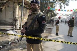 Pesawat militer Pakistan jatuh, 17 tewas