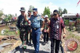 Waaster Panglima TNI Kunjungi Lokasi TMMD Sungai Gampa