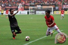 Hasil pertandingan dan Klasemen bola Liga Indonesia
