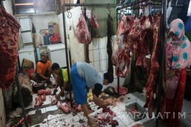 Omzet Pedagang Daging Sapi Bojonegoro Turun 20-25 Persen