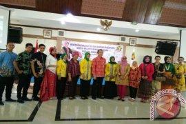 Pengrajin Tenun Cual di Babel Bentuk Forum Pejuang Batik