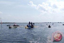 Racing Speedboat Danau Sentarum Tarik Perhatian Wisman